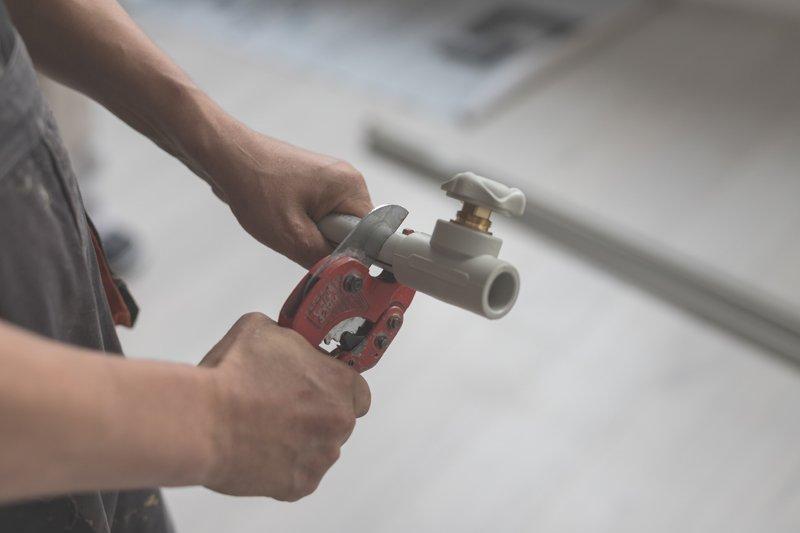 DIY Hydroponics Prime, PVC Pipe Cutter